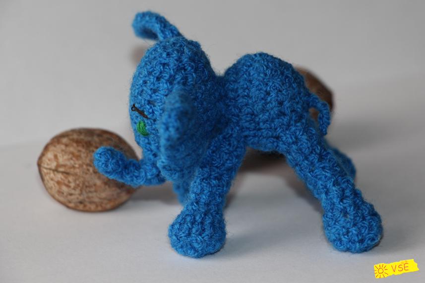 Слонёнок вязанный крючком