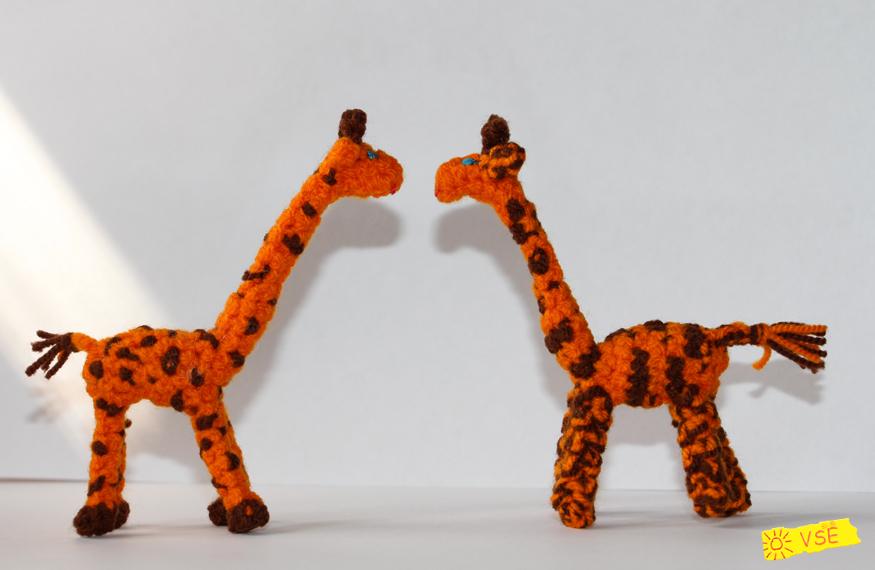 Жирафики вязанные крючком