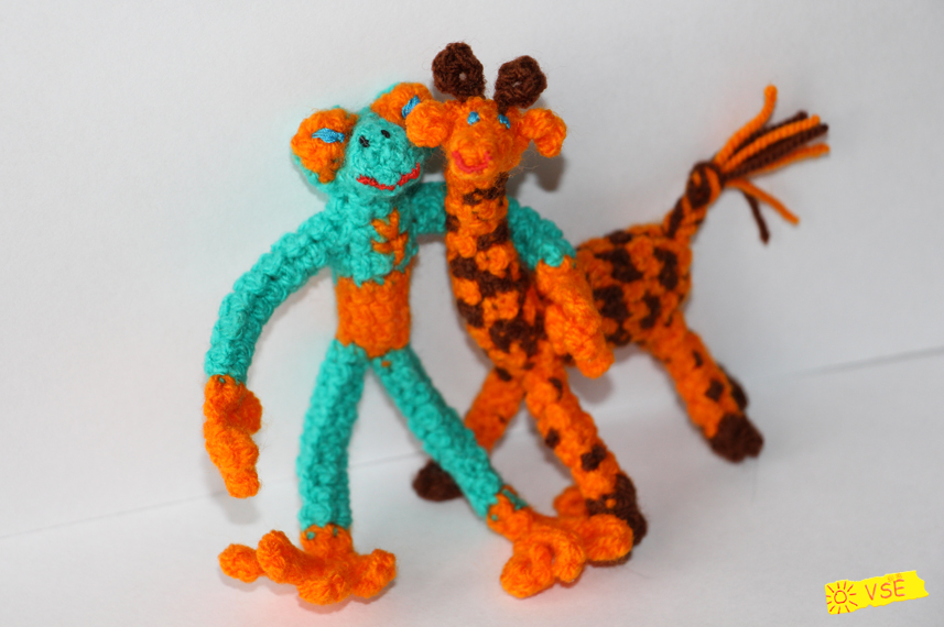 квакша и жирафик вязанные крючком