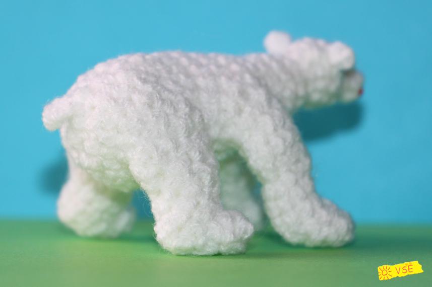 Белый Медвежонок вязанный крючком