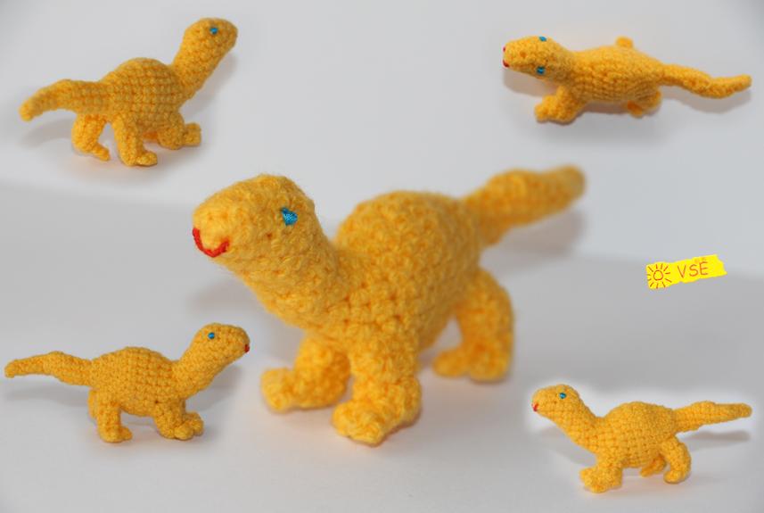 динозавр, связанный крючком