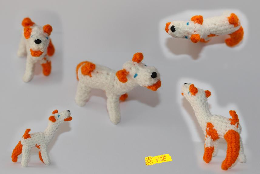 Собачка, связанная крючком