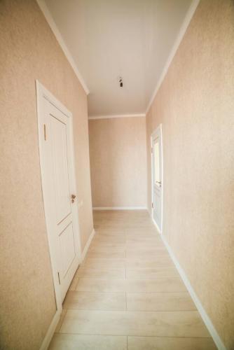 Продам квартиру 2-ком., 59 кв. м., этаж - 3/6 Б/П. ул. Токтоналиева (Душанбинская) пересекает Жаманбаева