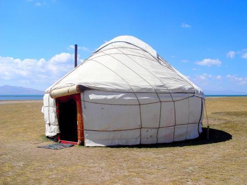 800px_Kyrgyz_yurt.jpg