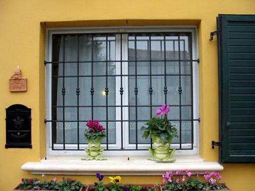 svarnie-reshetki-na-okna.jpg