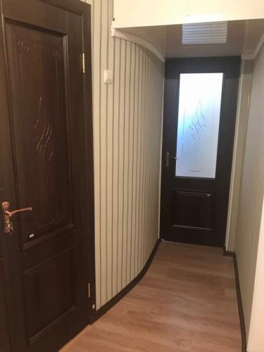 Продаю 1 ком квартиру, инд, серии в 5 мкр,ан,цена 30500$
