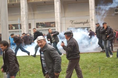 беспорядки в Кыргызстане. трансляция со скайпа и Дизеля. Часть I