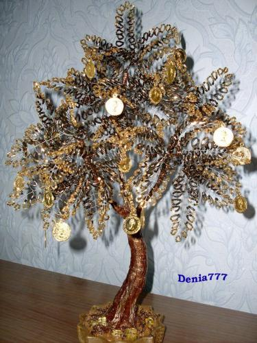 Денежное деревце из бисера.