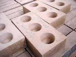 brick1m.jpg