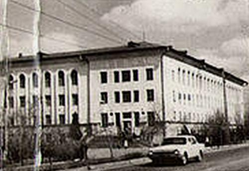 82-83.jpg