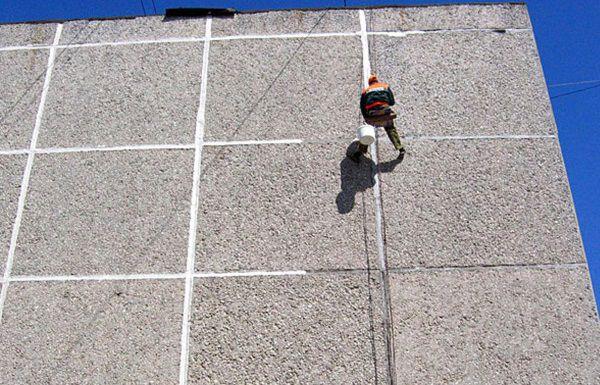 Гидроизоляция стыков бетонных колодцев