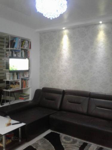 Продаем Шикарную квартиру в Новом доме 8 мкр