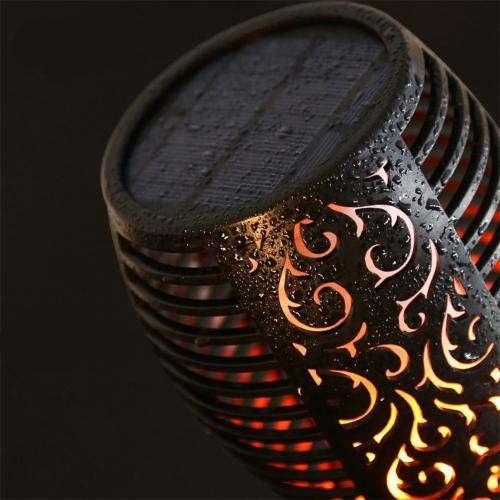 flicker_flame_torch_solar_powered_outdoor_garden_light_wp1062340912001_8__1.jpg