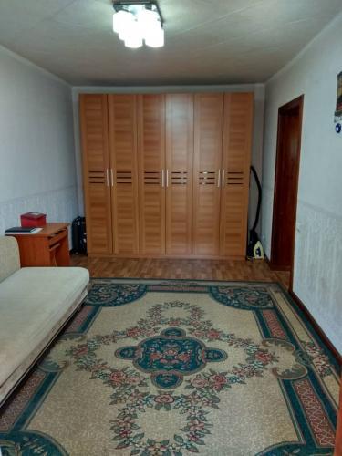 Продаю 1кв. Панфилова/Ж.Жолу. 3/5. Ремонт+ мебель. 30.900$ ан.