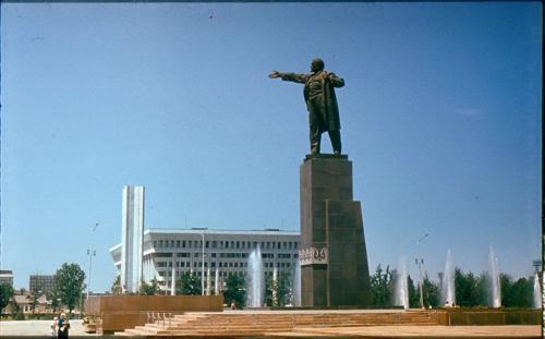 Площадь_Ленина_80_e.jpg