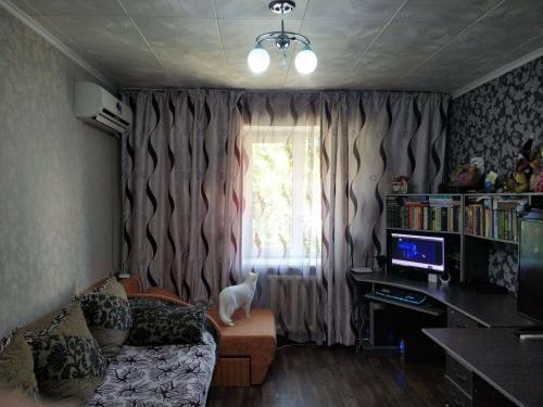 Продается 1-к. квартира-малосемейка, ул.Малдыбаева (пер.Ахунбаева) Хорошее состояние. Все удобства!