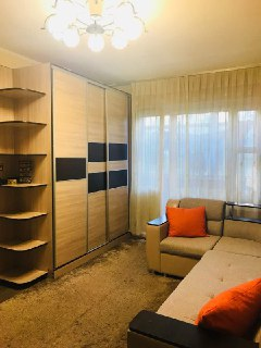 ▼ Отличная однокомнатная квартира в 8 Микрорайоне! Свежий воздух, спокойный район.