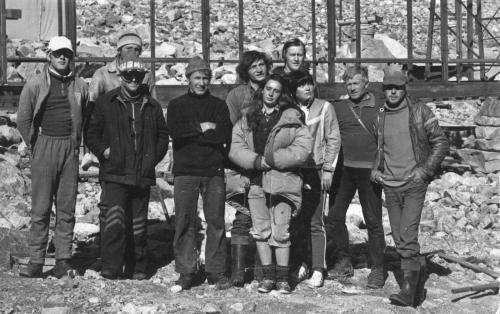 строительство базы на Ала-Арчинском леднике.jpg