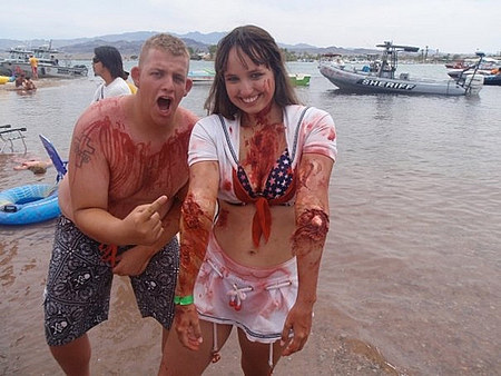 Секс море кровищи