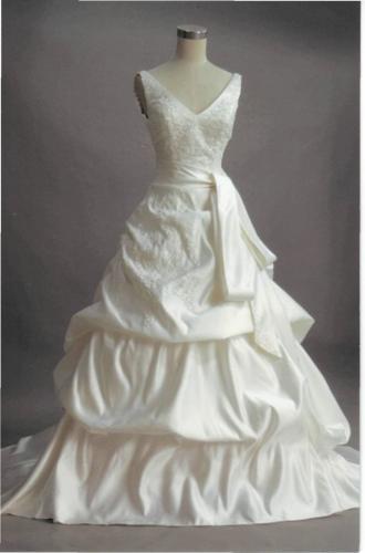 my_weddingDress.jpg