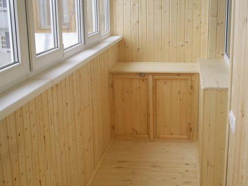 Про-внутреннюю-отделку-балкона.jpg