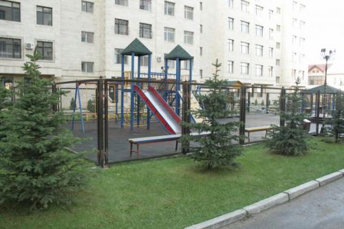 "Продается 3 кв 94 м2 ,5/10 в районе парка "" Ата-парк """