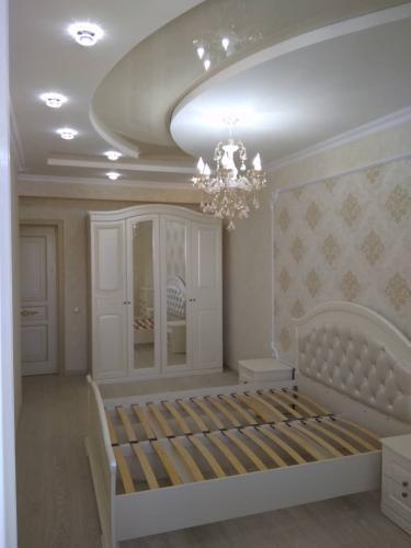 Продаю 1 комнатную квартиру 78 м2 элитку Эркиндик /Фрунзе 85000$